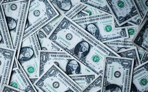 备受争议的USDT与银行合作,目前存款达18亿美元