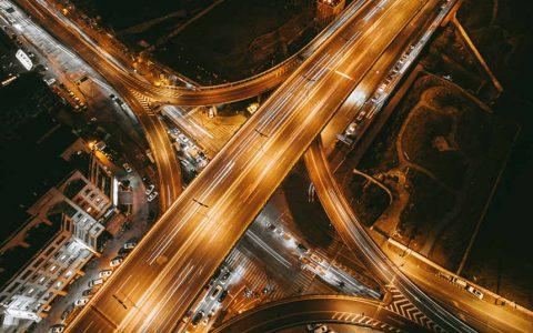 新华社:十字路口的区块链