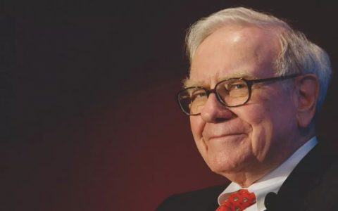 巴菲特在今年股东大会上再放豪言:希望苹果股价下跌,比特币是赌博!